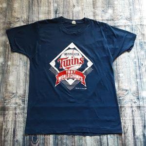 Vintage Minnesota Twins World Champs T-Shirts